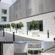 Sonnenschutz-Fassade aus Architekturgewebe   Haver & Boecker