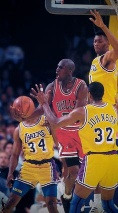 Jordan w one of his circus yet effective shots.....And vs the Lakers!