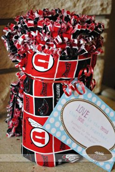DIY Gift Ideas For Him. Do this in Gators colors....even thought I don't like them I should show my support for him ;)