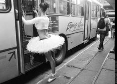 Ballet | Bus | Bailarina Projétil by Taís Alves #ballerinaproject #ballet #dance