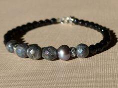 Labradorite Bracelet, Black Onyx Bracelet, Black Bracelet by ThreeMagicGenies on Etsy