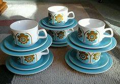 VINTAGE RETRO 1960'S 1970'S STAFFORDSHIRE POTTERIES LTD TEA SET 6 TRIOS