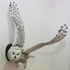 Incredible wood-carved Snowy Owl!