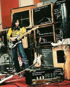 Eddie Van Halen/ 1977 / OMGosh look at the Amps ....Rock n Roll