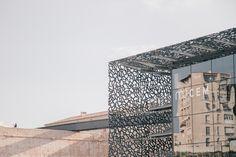 #Marseille #cityguide Mes bonnes adresses autour du Vieux-Port - #MuCEM ! Antalya, Blog Voyage, Guide, Architecture, Provence, Restaurants, Louvre, France, Building