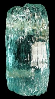 Aquamarine is a stone of courage; its calming energies reduce stress and quiets the mind. Spiritually Aquamarine sharpens intuition and opens clairvoyance. A wonderful stone for meditation, it invokes high states of consciousness and spiritual awareness. Minerals And Gemstones, Rocks And Minerals, Ocean Wave, My Birthstone, Rock Collection, Beautiful Rocks, Mineral Stone, Rocks And Gems, Stones And Crystals