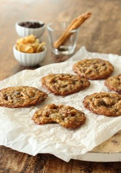 Amerikanske cookies med potetgull, sjokolade og saltstenger - krem.no