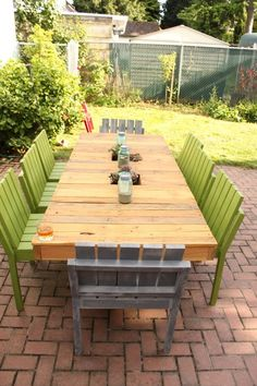 patio furniture from recycled pallet wood...by Joel Gregory