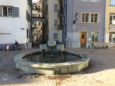 fontein in de altstadt van Chür