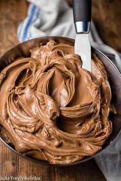 Cobertura de chocolate com apenas 2 ingredientes – Caderno de Receitas