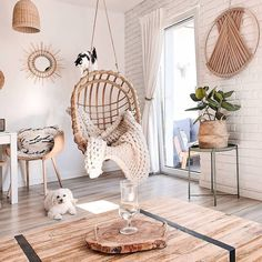 60 Living Room Decorating Ideas You Will Want To Copy These trendy Live Room ideas would gain you amazing compliments. Check out our gallery for more ideas these are trendy this year. Room Ideas Bedroom, Diy Bedroom Decor, Wall Decor, Living Room Inspiration, Home Decor Inspiration, Boho Living Room, Living Room Decor, Aesthetic Room Decor, Cozy Room
