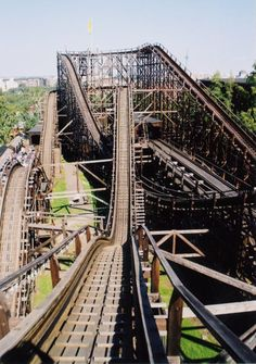 Looking for statistics on the fastest, tallest or longest roller coasters? Find it all and much more with the interactive Roller Coaster Database. Roller Coasters, Heavy Metal Music, Helsinki, Brooklyn Bridge, Places Ive Been, Random Things, Blogging, Wordpress, Places To Visit