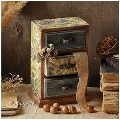 Mini chest of drawers / Мини-комод «Пейсли» — работа дня на Ярмарке Мастеров. Узнать цену и купить: http://www.livemaster.ru/mmariyas  #handmade #craft #art #design #decoupage #homedecor #livemaster #ярмаркамастеров #ручнаяработа #рукоделие #декупаж #длядома