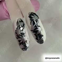 I like the concept just not the pot leaves videos Silver Chrome Pot Leaf Weed Marijuana Nail Art Manicure. Gel Nail Art, Nail Art Diy, Diy Nails, Nail Art Designs Videos, Nail Art Videos, Makeup Videos, Colorful Nail Designs, Cool Nail Designs, Weed Nails