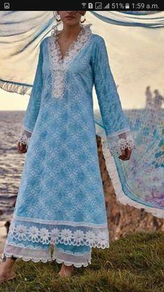 Kurti Styles, Kurti Sleeves Design, Designer Party Wear Dresses, Pakistani Salwar Kameez, Pakistani Outfits, Woman Clothing, Lace Design, Sleeve Designs, Stitching