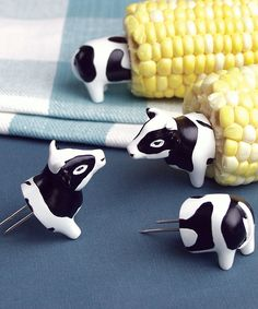 Charcoal Companion Cow Corn Holder Set Of Four
