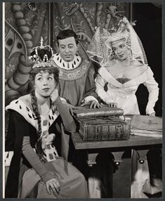 Original Cast of Once Upon A Mattress with Carol Burnett. 1959 List Of Fairy Tales, Once Upon A Mattress, Broadway Costumes, Carol Burnett, Broadway Plays, Princess And The Pea, Originals Cast, Greatest Songs, Theatre Posters