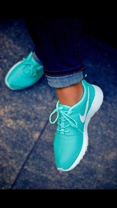 Shoes: Nike roshe run turquoise