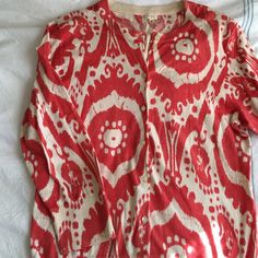 J. Crew coral and cream print cardigan Get out of your solid color cardigan rut with this beautiful cardigan! EUC. 100% cotton. J. Crew Sweaters Cardigans