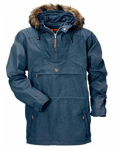 Fjällräven Gutulia Anorak - had this a few years now, great bit of kit Canada Goose Jackets, Rain Jacket, Windbreaker, Raincoat, Fox, Winter Jackets, Menswear, Mens Fashion, How To Wear
