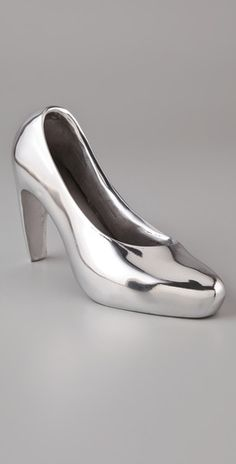 lunares stiletto bookends. a must in any fashionistas home or office