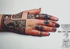 Modern Mehndi Designs, Mehndi Design Pictures, Mehndi Images, Bridal Mehndi Designs, Henna Tattoo Designs, Tattoo Ideas, Henna Mehndi, Hand Henna, Mehendi