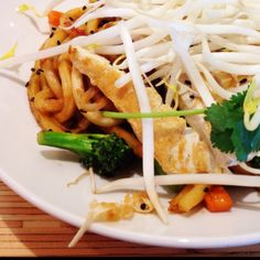 Pan Asian noodle with chicken from Noodles & Company in Reston VA.