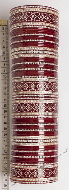 http://www.indianjewellerystore.co.uk/Bridal-Churas/UGWC0324.htm