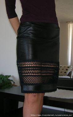 Fabulous Crochet a Little Black Crochet Dress Ideas. Georgeous Crochet a Little Black Crochet Dress Ideas. Black Crochet Dress, Crochet Skirts, Crochet Clothes, Diy Clothes, Knit Crochet, Fashion Moda, Diy Fashion, Womens Fashion, Leather And Lace
