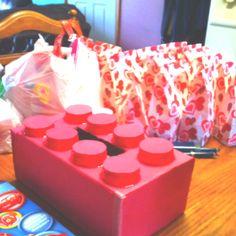 For Zaner Butt Valentines Day box. A Lego Brick Valentine Day Boxes, Valentines Day Party, Valentine Day Crafts, Be My Valentine, Holiday Crafts, Holiday Fun, Valentine Ideas, Holiday Ideas, Projects For Kids