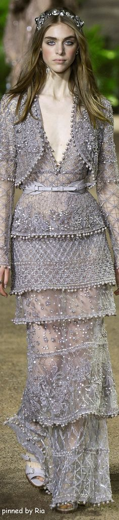 Elie Saab Spring 2016 Couture Fashion Show Elie Saab Couture, Dress Couture, Couture Mode, Couture Fashion, Runway Fashion, Fashion Show, Fashion Design, Couture Boutique, Paris Fashion
