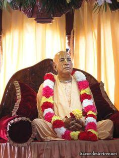 Special Darshan of Sri Sri Radha Madhav on Gaura Purnima 27 March 2013 (Chandigarh)