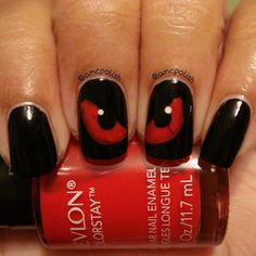 Spooky Eyes Nail Art for Halloween.
