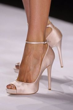 Beautiful blush pink ankle strap heel - gorgeous