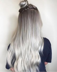 "OLAPLEX on Instagram: ""Blurring lines with this shadow root and seamless blend! @jenghair uses Olaplex because the integrity of hair is just as important as the…"""