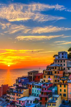 The 11 Most Gorgeous Sunsets in the Whole Entire World  via @PureWow
