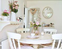 Shabby chic farmhouse style kitchen makeover