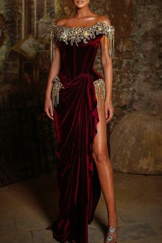 Fashion Mode, Look Fashion, Couture Fashion, Stunning Dresses, Elegant Dresses, Glam Dresses, Fashion Dresses, Pretty Outfits, Pretty Dresses