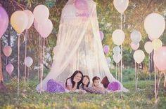Familia entre globos