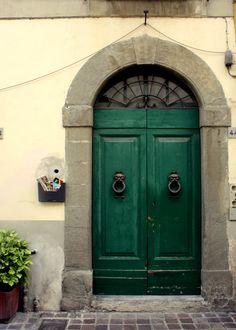 doors of pisa