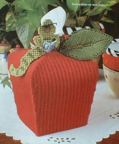 APPLE TISSUE COVER  Regal Swan Box  Plastic Canvas by M2Hawk, $2.95