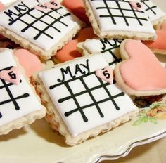 Adorable calendar cookies for a bridal shower!