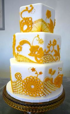 yellow_lace_hexagon  http://www.mysweetandsaucy.com/2011/02/recent-cakes-from-sweet-saucy-shop/