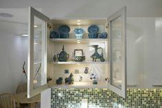 White kitchen with blue accent Blue Accents, Bathroom Medicine Cabinet, Modern, Kitchen, Trendy Tree, Cooking, Kitchens, Cuisine, Cucina