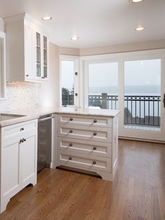 Before and After: Seattle Waterfront Kitchen Renovation