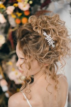Elsa crystal wedding hair comb in bridal up do by - How To Style Wedding Hair Accessories With Curly Hair, Debbie Carlisle + Top Hair Care Tips for Curly Haired Brides Carlisle, Hair Comb Wedding, Wedding Hair And Makeup, Wedding Curls, Hair Makeup, Bride Hairstyles, Wedding Hairstyles For Curly Hair, Curly Hair Styles Wedding, Long Curly Bridal Hair