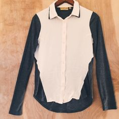 """Button Down Top Great with a pair of jeans.                                       Chest (flat) 17.5"""" Length 21"""" Princess Vera Wang Tops Button Down Shirts"""