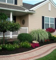 Having a yard in front of the house is definitely something we should appreciate and take advantage of. The yard is like a magical gardens through which #FrontYardDesigns #DivineFrontYardDesigns #FrontYardLandscapingDesigns