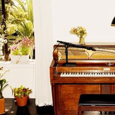 A Kiss Goodbye featuring Charlotte Gainsbourg, Devonté Hynes and Sampha by Emile Haynie on SoundCloud