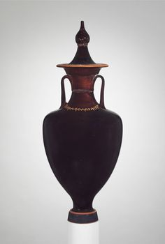 Terracotta amphora with lid (jar), 4th Century, BC, Greek.